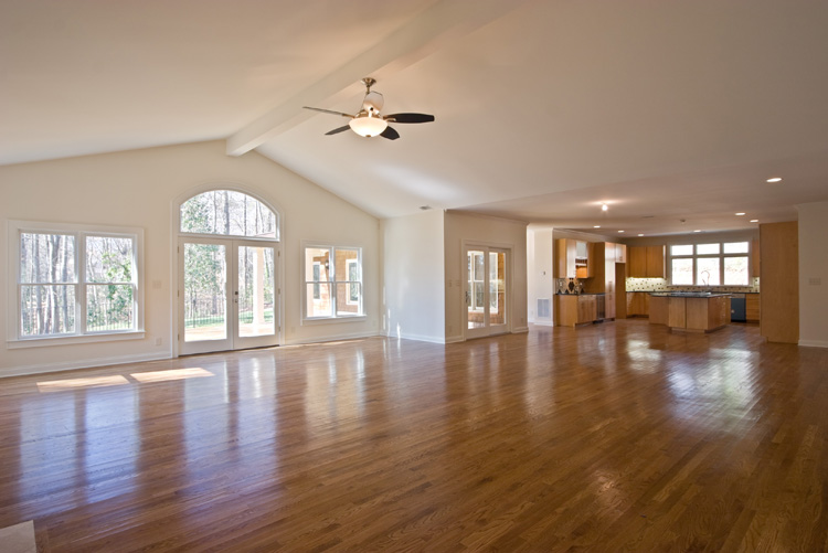 Pics for vaulted ceiling living room for Living room vaulted ceiling