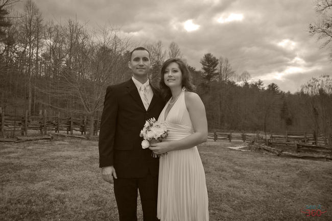 Wedding Photography:  Bride and Groom, black & white portrait