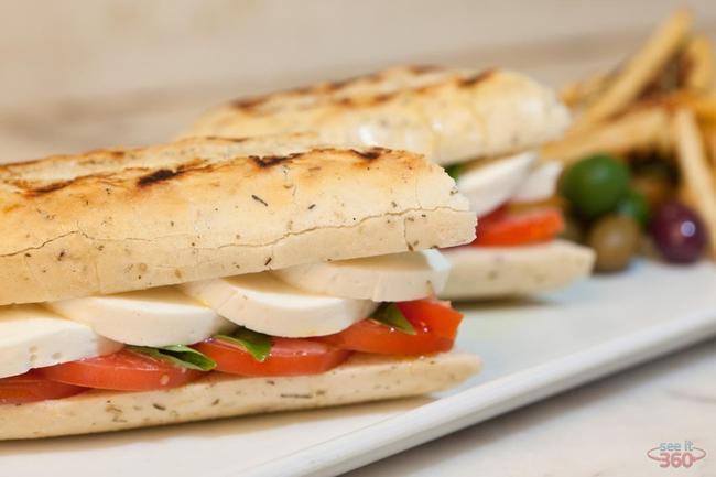 Food Photography: Tomato, Mozzarella and Basil Sandwich