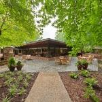 Oaks of Whitaker Glen: Outdoor Fireplace and Fountain Retreat