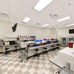 Philadelphia College of Osteopathic Medicine: Pharmacy Laboratories