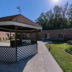Courtyard : PruittHealth - Toccoa Virtual Tour