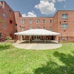 North Carolina State Veterans Home - Salisbury: Courtyard