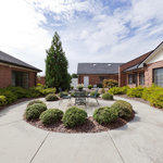 The Oaks - Carrollton (Assisted Living) Virtual Tour: Courtyard