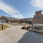 PruittHealth - Union Pointe - Virtual Tour: Courtyard