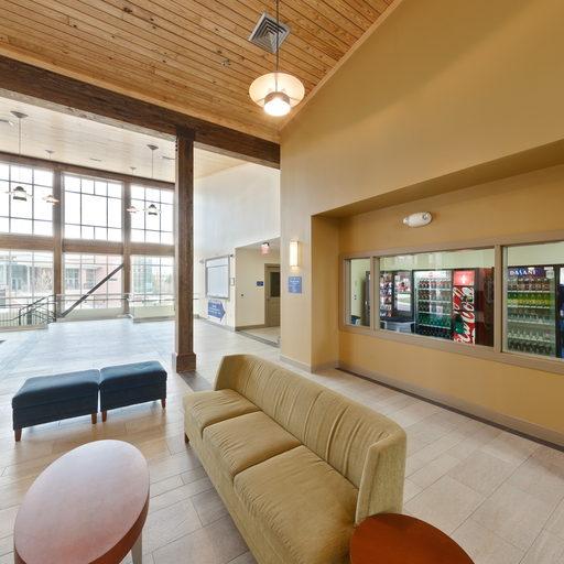 University Club Apartments: University Of West Georgia: The Oaks Lobby Virtual Tour